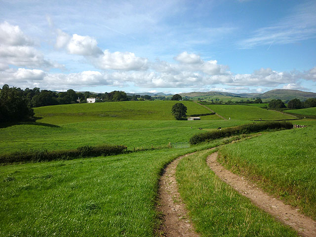 The Dales Way heading for Shaw End