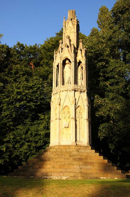 Queen Eleanor S Cross On London Road 169 Steve Daniels Cc By