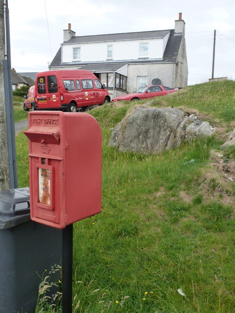 Berneray: postbox № HS6 24