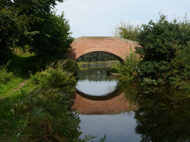 Chesterfield Canal bridge 46