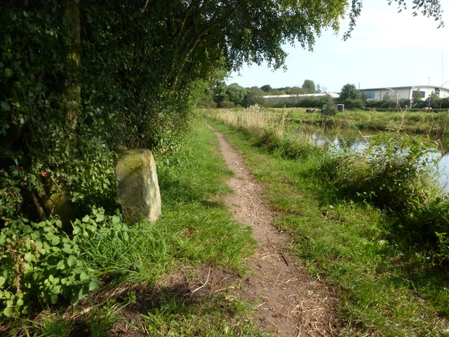 Milepost 22 on the Chesterfield Canal