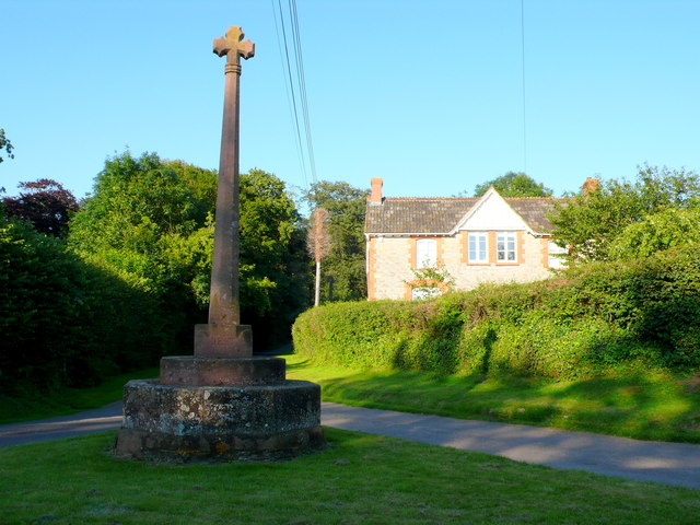 Thornfalcon Village Cross