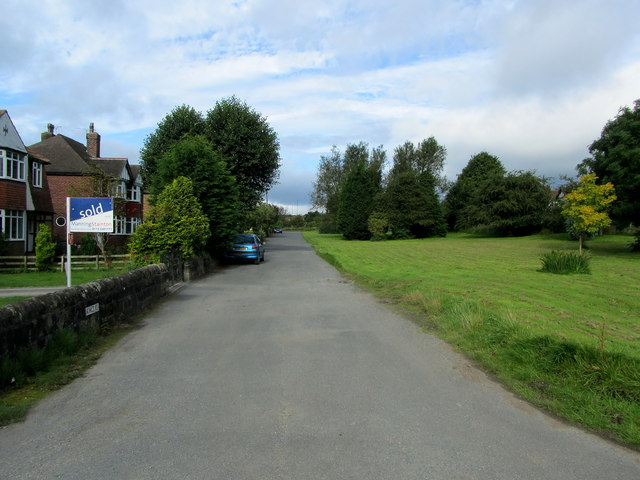 Off Kings Road, Bramhope