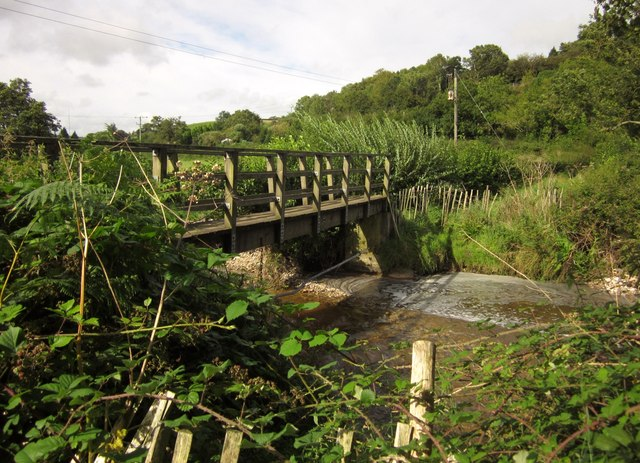 Footbridge over Umborne Brook