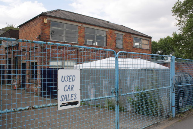 Used car premises, Station Road