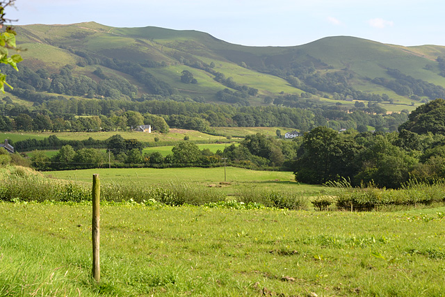 Looking down the Rhiw-Saeson valley