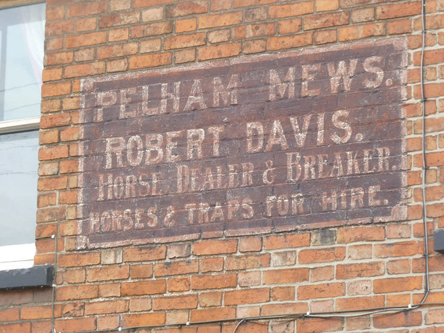 Pelham Mews, painted sign