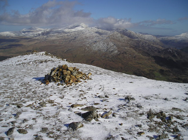 Moel Hebog, Above Y Grisiau