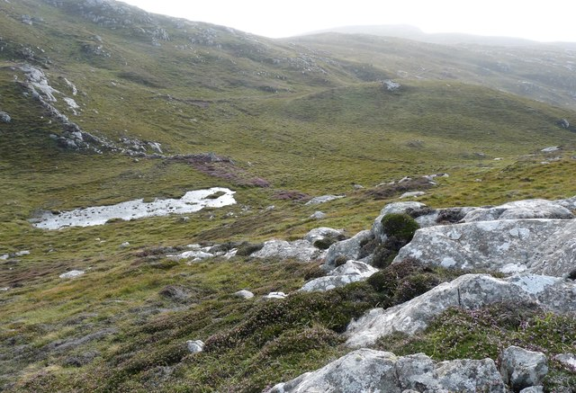 The well of a short burn draining Beinn Eirebhal