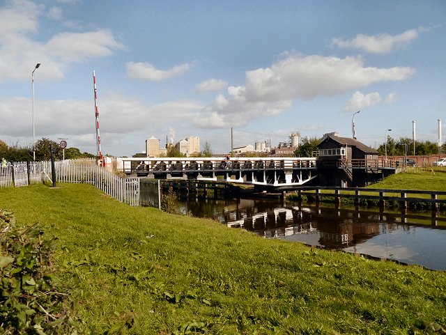 River Weaver, Winnington Bridge