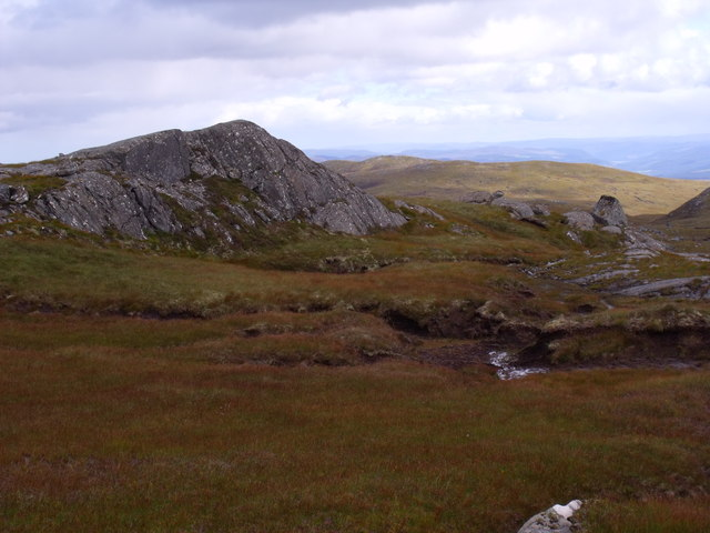 Knoll on ridge north of Carn Loch na Gobhlaig above Glen Cannich, Inverness