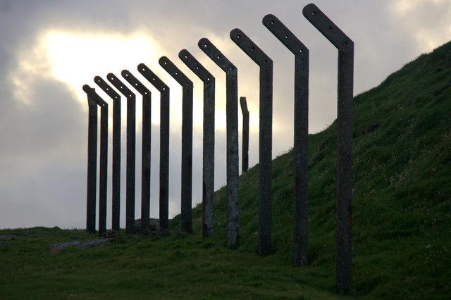 Fenceposts, Lambaness