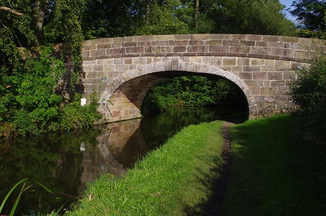 Bridge 24, Lancaster Canal