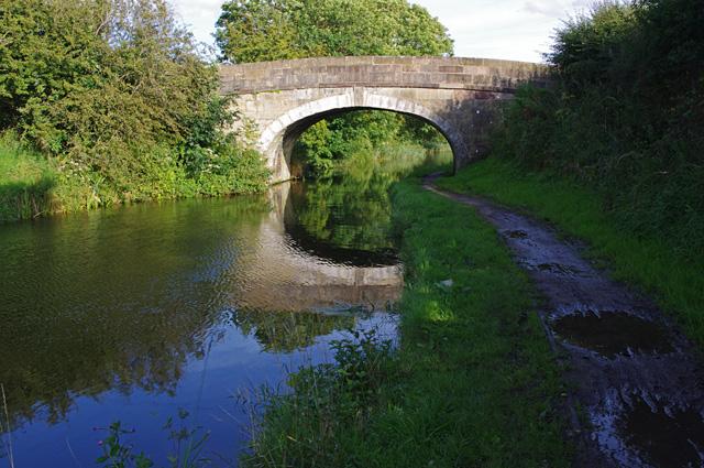 Bridge 22, Lancaster Canal