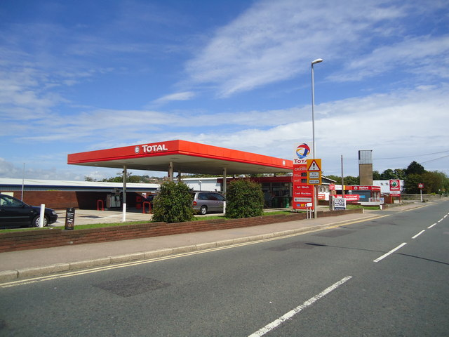 Petrol station, The Ridge, Hastings