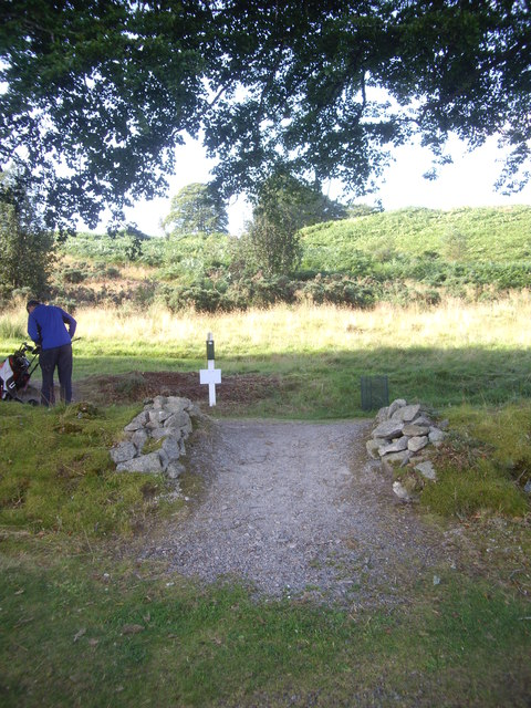 A dyke crossing on Lumphanan golf course