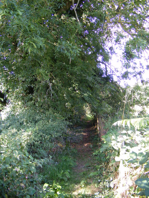 Footpath to Valley Farm