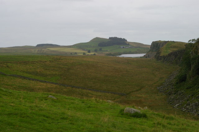 Looking east along Peel Crags