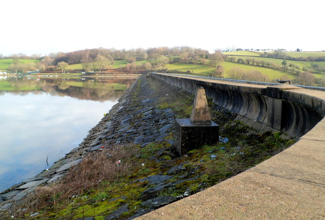 Southern edge of Llandegfedd Reservoir