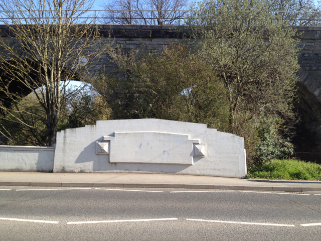Prince's Bridge, south end of east parapet