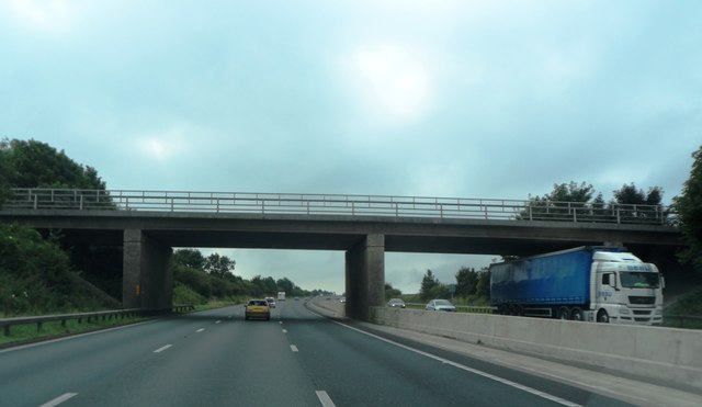 Quernmore Road crosses the M6
