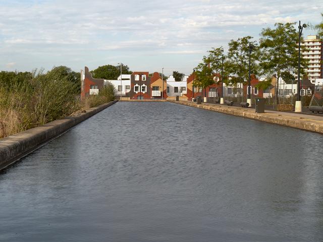 New Islington, Rochdale Canal