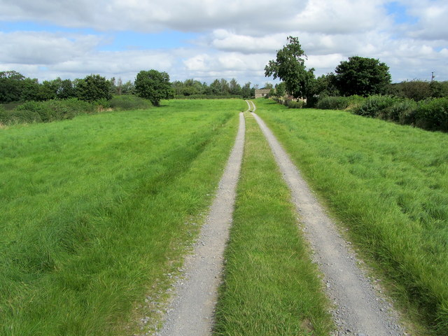 Access Track approaching Mile House Farm