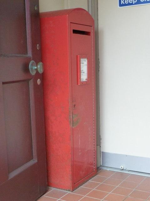 Stornoway: postbox № HS1 175