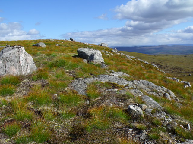 Rocky band south of Creag a' Chorre Dhuibhe above Glen Cannich, Inverness