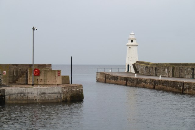 Macduff Lighthouse