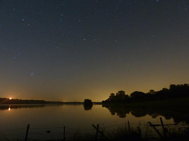 Night Sky Over Rutland Water 169 Mat Fascione Cc By Sa 2 0