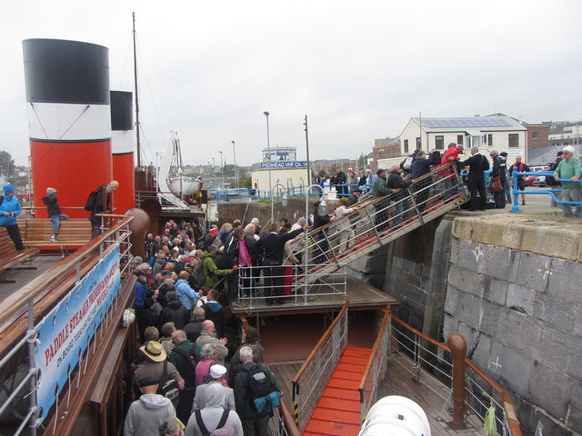 Disembarking PS Waverley at Milford Haven