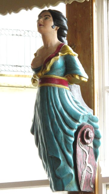 Ship's figurehead in the Bristol Arms, Marine Parade / Paston Place, BN2