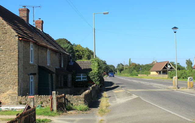 2012 : A429 heading north from Lower Stanton St.Quintin