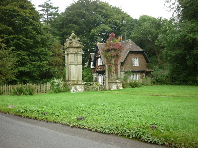 Former Gatehouse at Underley Park