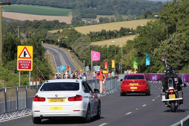 Road race support vehicles, Gorse Hill