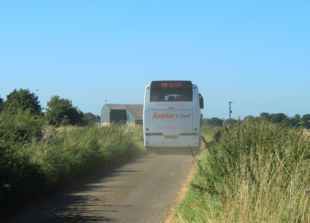 2012 : The School Bus heads for Lower Stanton St.Quintin