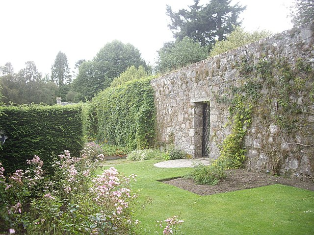 Exit gateway from the walled garden