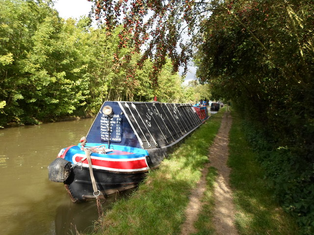 Working Narrow Boat Hadar moored at Weedon Bec