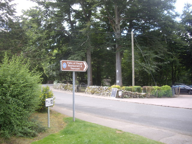 Tourist signs by Falls of Feugh carpark