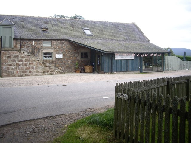 FInzean Estate offices and farm shop