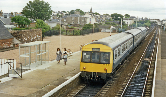 Carnoustie station, with DMU, 1988