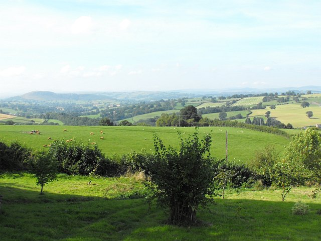 View north west from Bryntirion Mawr