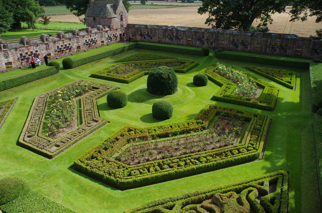 Edzell Castle, Walled garden