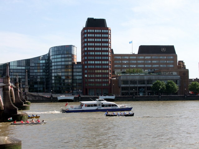 Rowing Boats in The Great River Race