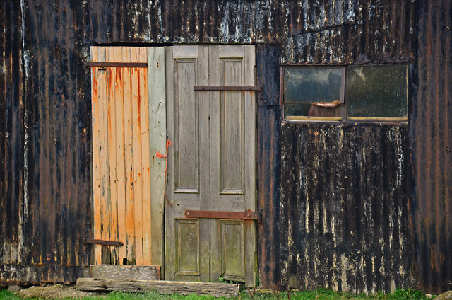 Shed doors at Earlish