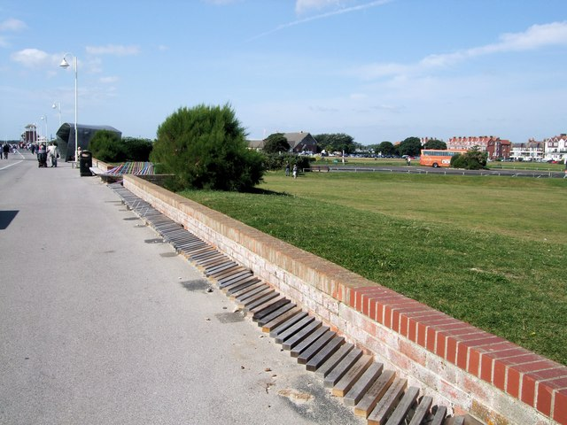 Littlehampton Long Bench