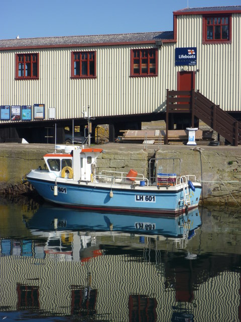 Leith Registered Fishing Boats : Jessica May (LH601) at St. Abbs Harbour