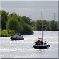 SK7653 : Sailing up the Trent by Alan Murray-Rust