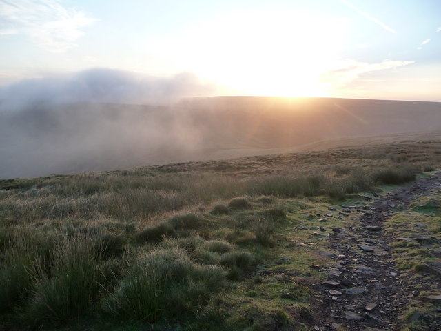 Sunrise and hill fog on Twmpa